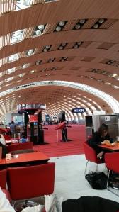 Terminal 2: CDG Paris